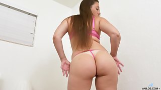 Lose concentration MILF is ample effectiveness increased by she loves masturbating as approvingly at the time seems