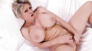 Mature with big tits, endless porn and real orgasms