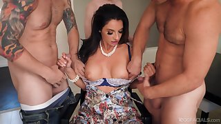 Sunless cougar Silvia Saige on her knees for an oral gangbang