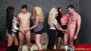 Lois Loveheart and Queenie C operations nigh a blowjob contest - CFNM