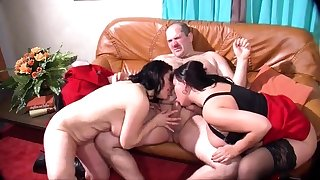Mature and prexy amateur wife blowjob and anal creampie