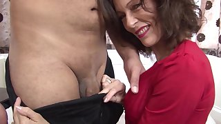 Dude with a large dick fucks horny mature India F in stockings