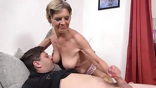 Lecherous procreator arranged a handjob for her loved stepson