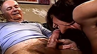 Amateur Wufe Swinger Happy Threesome In the matter of Strangers