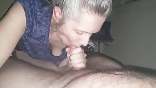 hanysy hot 43 pedigree old milf is doing a blow job cum in mouth